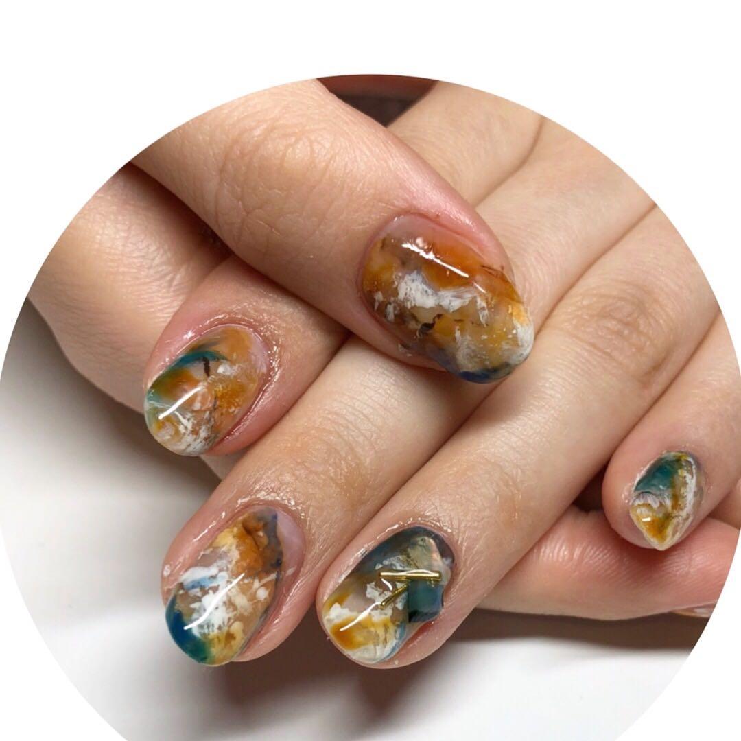 MereMer SayakaAoeさんのネイルデザインの写真。テーマは『ニュアンスアート、パラジェル認定サロン、天然石ネイル、託児付きネイルサロン、子連れネイル』