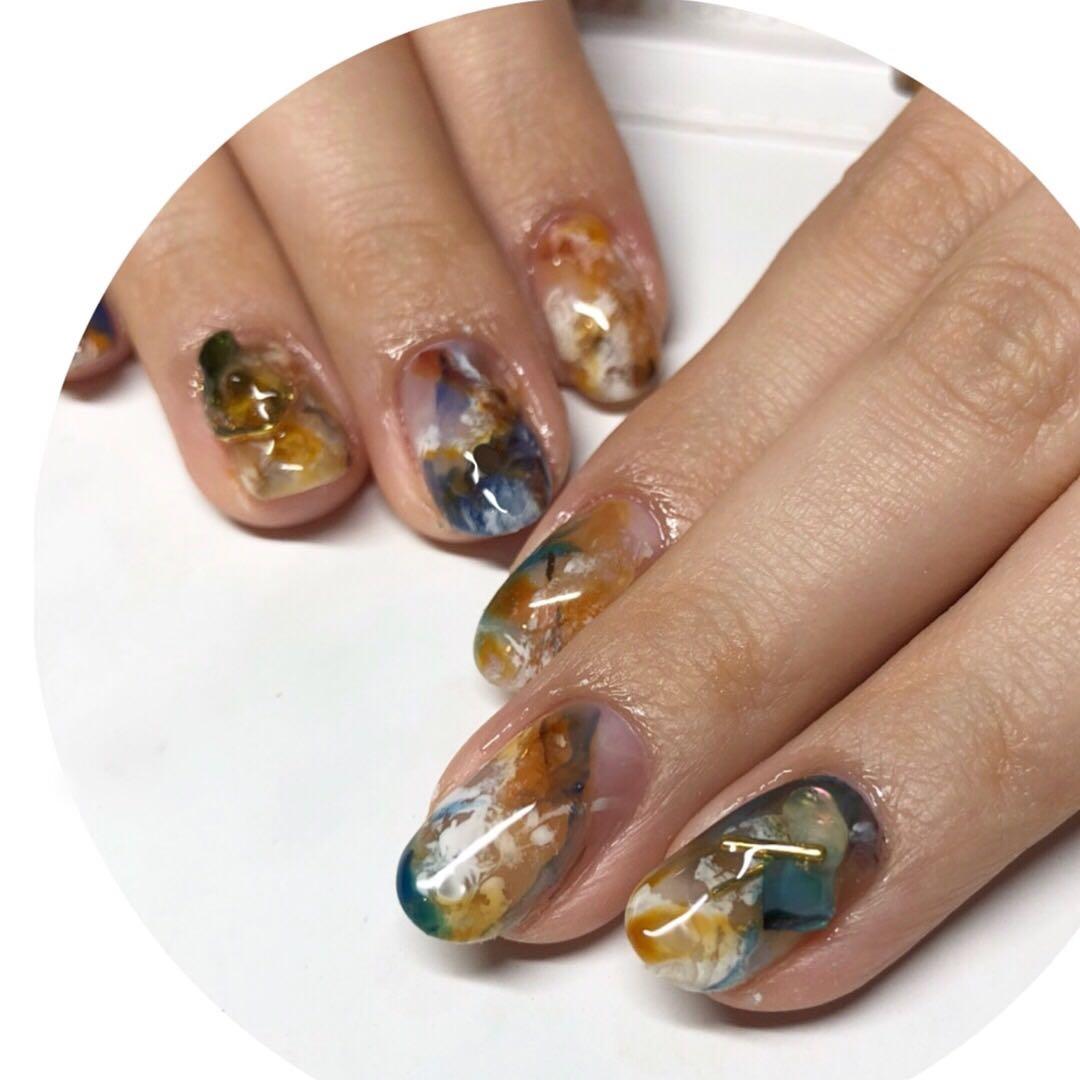 MereMer SayakaAoeさんのネイルデザインの写真。テーマは『ニュアンスアート、天然石ネイル、パラジェル、パラジェル認定サロン』