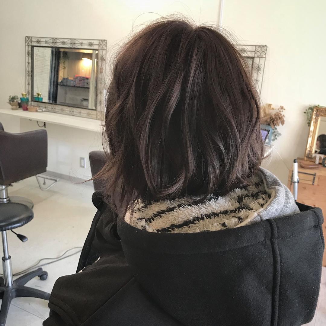 YUSUKE NAKAMURAさんのヘアスタイルの写真。テーマは『ピンク、アッシュグレージュ、大人可愛い』