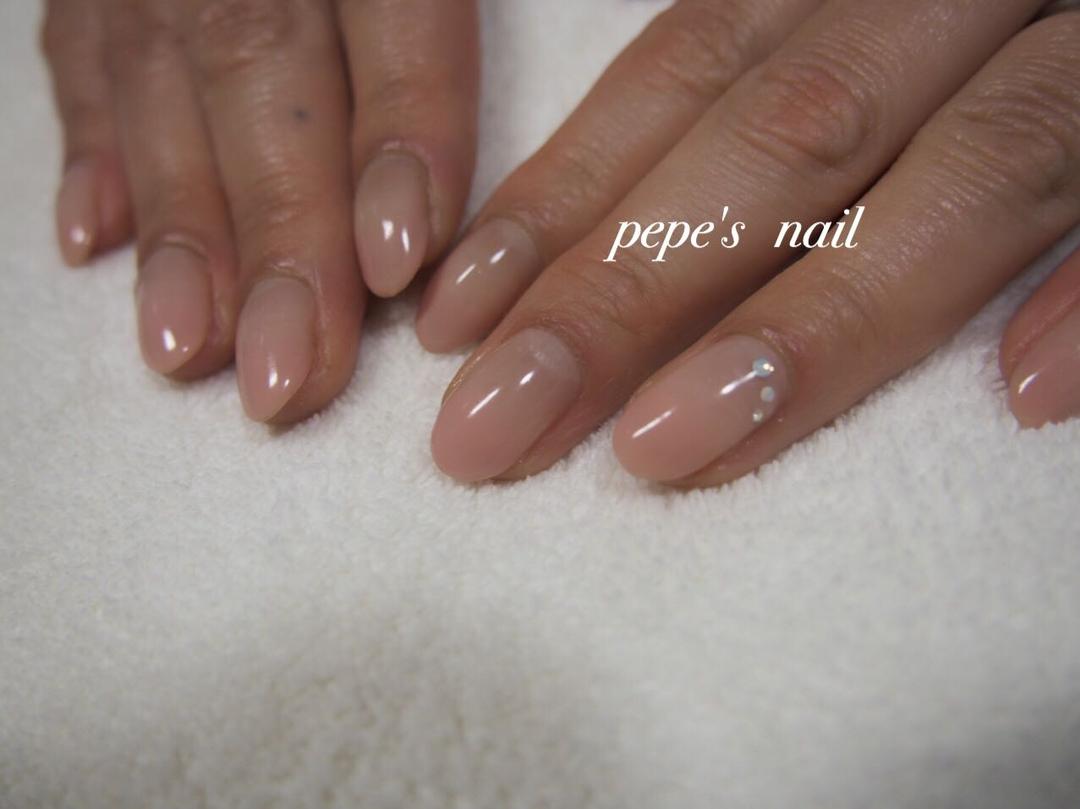 pepe's nailさんのネイルデザインの写真。テーマは『pepesnail、nail、nailart、nailstagram、gelnail、nails、paragel、pregel、handnail、ネイル、ネイルアート、ハンドネイル、冬ネイル、春ネイル、シンプルネイル、オフィスネイル、自宅ネイル、大分市』