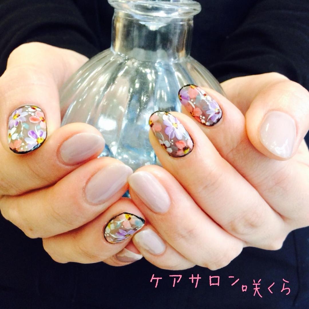 ケアサロン 咲くらさんのネイルデザインの写真。テーマは『愛媛県、松山市、ネイルサロン、大街道、二番町、ケアサロン、咲くら、ジェルネイル、春ネイル』