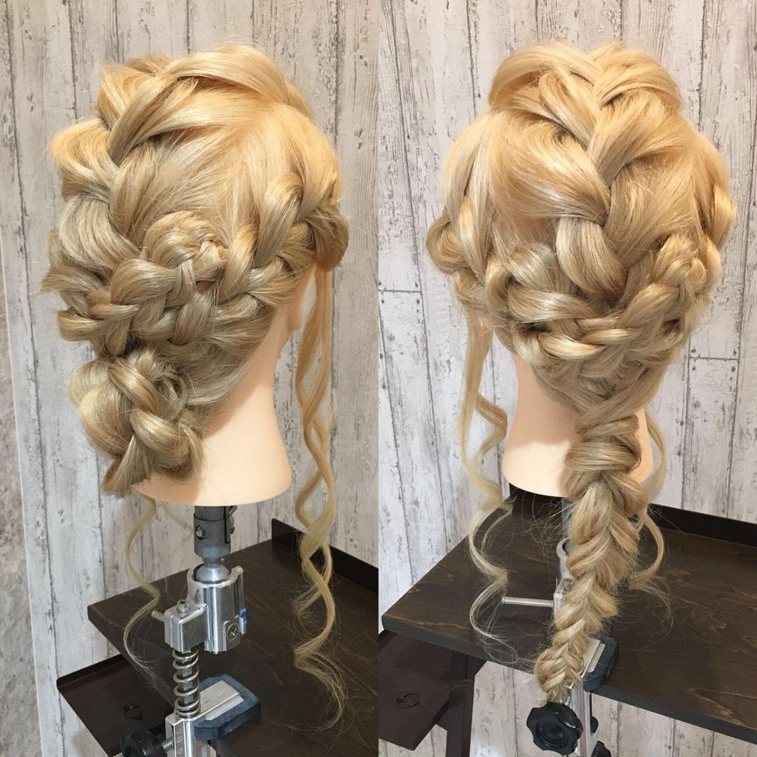 hair Blancoさんのヘアスタイルの写真。テーマは『blancofumiyo、編みおろし、美容室浜松、浜松、サロンモデル募集、美容室、美容院、サロモ、イルミナカラー、アディクシー、ブルージュ、グレージュ、オリージュ、グラデーション、バレイヤージュ、ハイライト、外国人風カラー、デザインカラー、エヌドット、ミルボン、モロッカンオイル、カラーシャンプー、グレーパール、テールカラー、hairBlanco、ヘアーブランコ、hairblanco浜松、ヘアーブランコ浜松』
