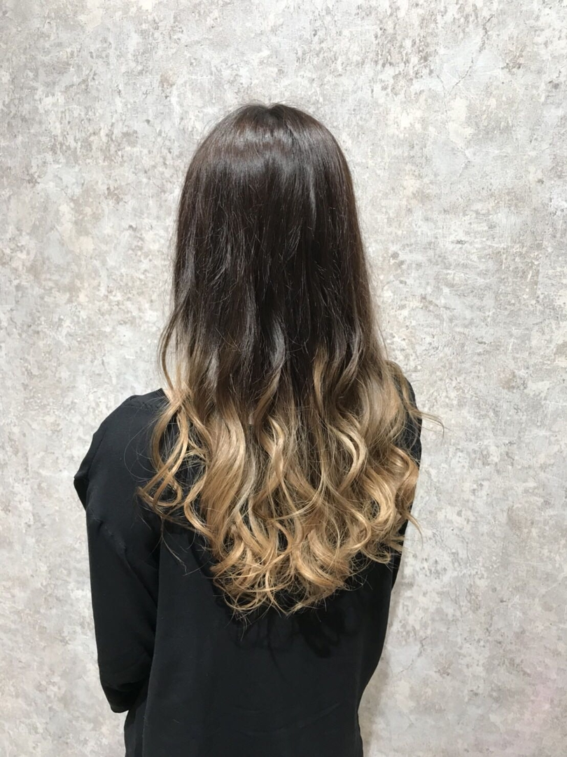 hair Blancoさんのヘアスタイルの写真。テーマは『ヘアカラー浜松、浜松駅、浜松まちなか、オーガニックカラー、ダメージレスブリーチ、instagood、cute、love、美容院浜松市、浜松駅前、浜松おしゃれ』