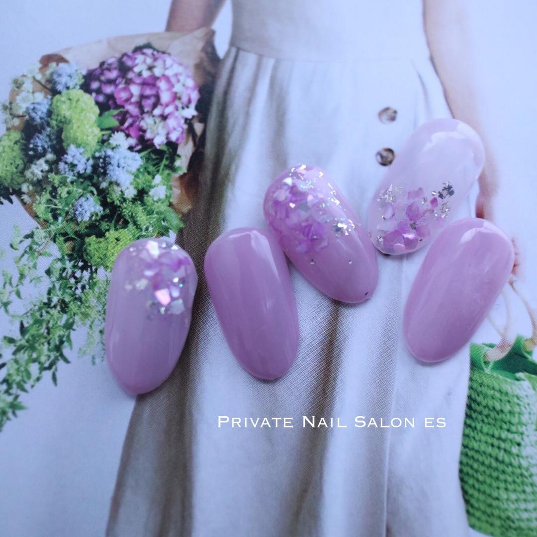 esさんのネイルデザインの写真。テーマは『紫陽花ネイル、紫陽花カラー、シースルー、大人ネイル、梅雨ネイル、アジサイ、紫陽花、ニュアンスネイル』