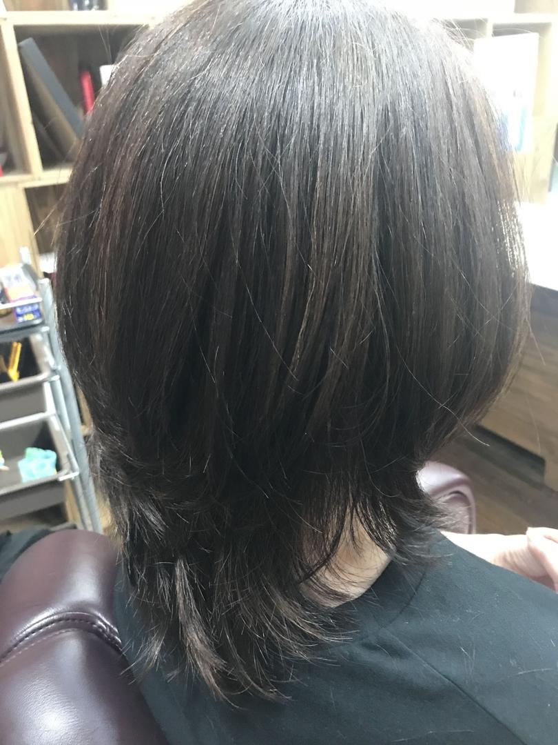 AYAさんのヘアスタイルの写真。テーマは『大分、大分市、カット、グラデーション、大人風、アットホームサロン』