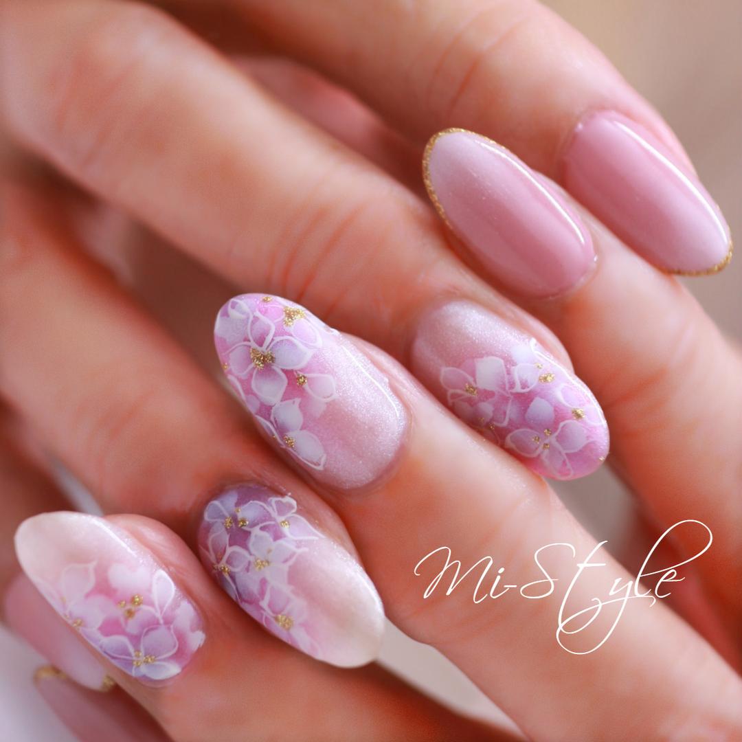 Mieko Hiramatsuさんのネイルデザインの写真。テーマは『ベイビーブーマー、紫陽花、紫陽花ネイル、エアブラシ、ピンクベージュネイル、上品ネイル、ブライダル』