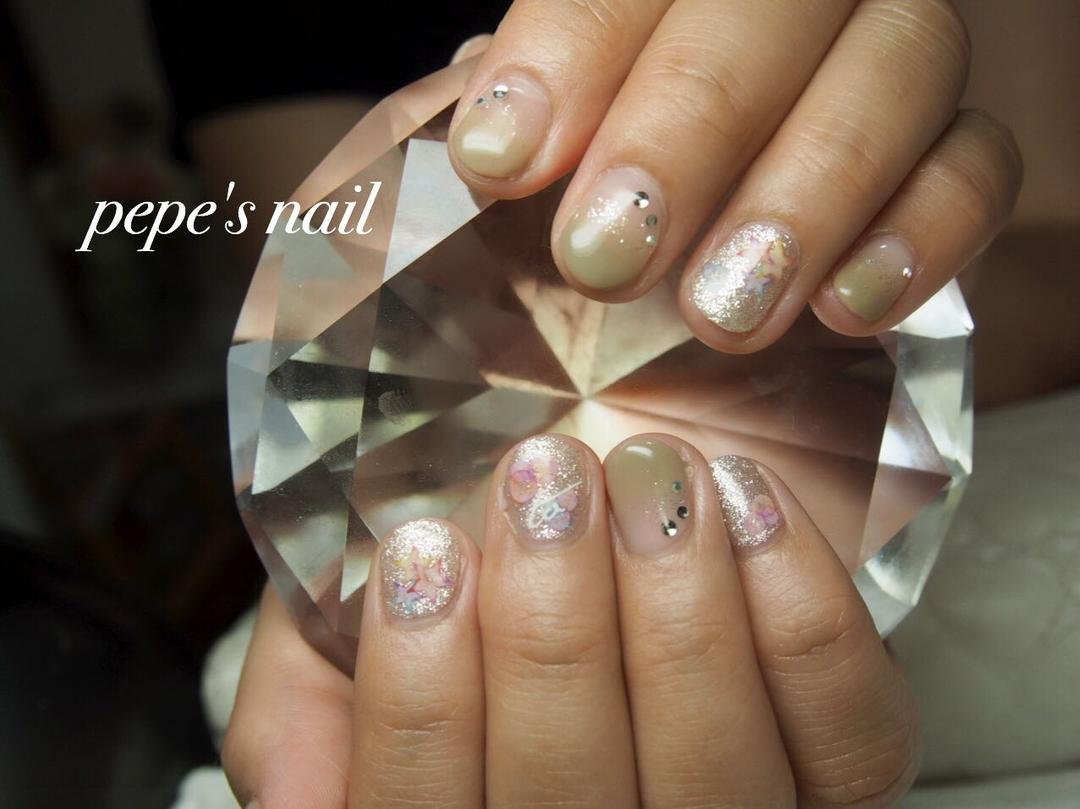 pepe's nailさんのネイルデザインの写真。テーマは『pepesnail、nail、nailart、nailstagram、gelnail、nails、paragel、pregel、vetro、bellaforma、handnail、ネイル、ネイルアート、ショートネイル、夏ネイル、ハンドネイル、グラデーション、サンプルから、自宅ネイル、大分市』