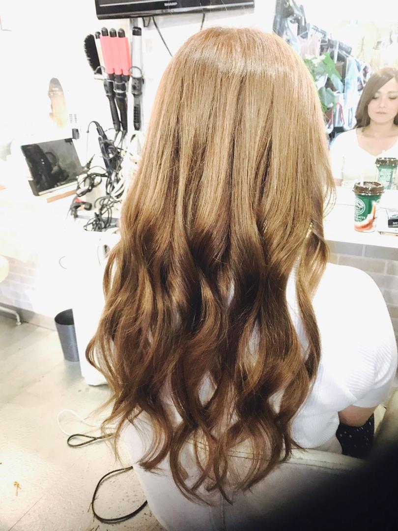 hair&make 8LAMIA8(ラミア)さんのヘアスタイルの写真。テーマは『広島、8LAMIA8、ヘアカラー、ヘアエクステ、浴衣ヘアセット、浴衣着付け、ネイル、編み込みエクステ、JHSS広島校、24時まで営業、カット、カラー、パーマ、、縮毛矯正、エクステ、ヘアセット、増毛エクステ、メイクレッスン、着付け、衣類、装飾品販売!』