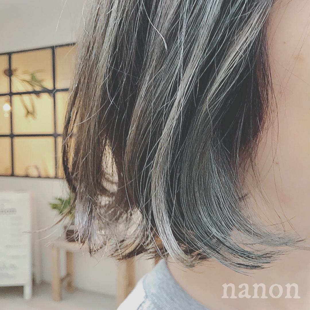 浦川 由起江さんのヘアスタイルの写真。テーマは『ブルージュ、ハイライト、外国人風カラー』