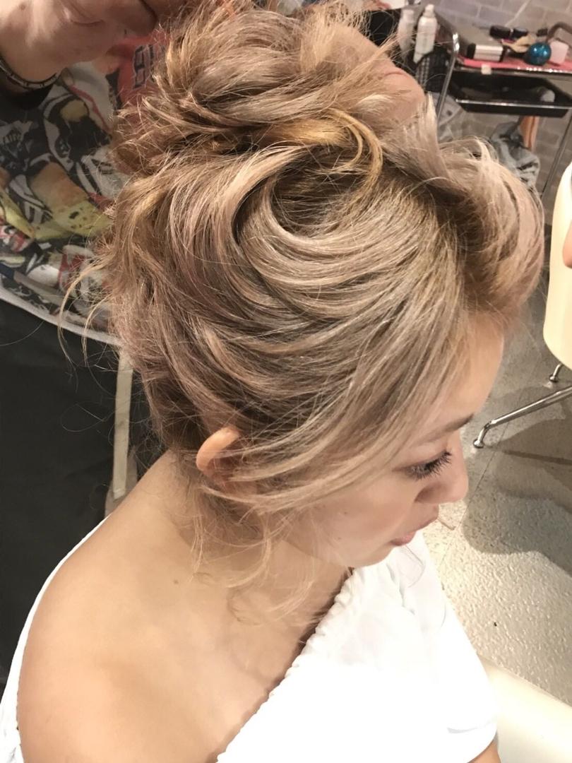 hair&make 8LAMIA8(ラミア)さんのヘアスタイルの写真。テーマは『広島、8LAMIA8、ヘアカラー、ヘアエクステ、浴衣ヘアセット、浴衣着付け、ネイル、メイク、編み込みエクステ、シールエクステ、編み込みアップ、24時迄営業の美容室、JHSS広島校、24時まで営業、カット、カラー、パーマ、、縮毛矯正、エクステ、ヘアセット、増毛エクステ、メイクレッスン、着付け、衣類、装飾品販売!』