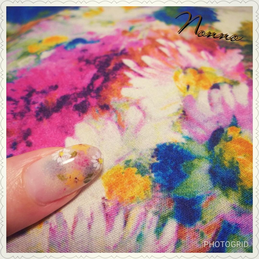 nonnoさんのネイルデザインの写真。テーマは『フラワーネイル、ジェルネイル、ネイル、ネイルサロン、花柄、秋ネイル、新宿ネイルサロン、西新宿、新宿、美甲、指甲、nail、nailart、nailsalon、parajel、パラジェル、自爪を削らない、nails、パラジェル登録サロン、Nonno、nonno、アンティークフラワー、Shinjuku、Japan』