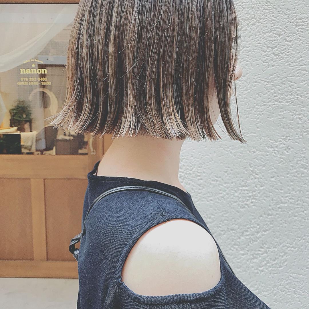 浦川 由起江さんのヘアスタイルの写真。テーマは『ハイライト、外国人風カラー、グレージュ、プライベートサロン』