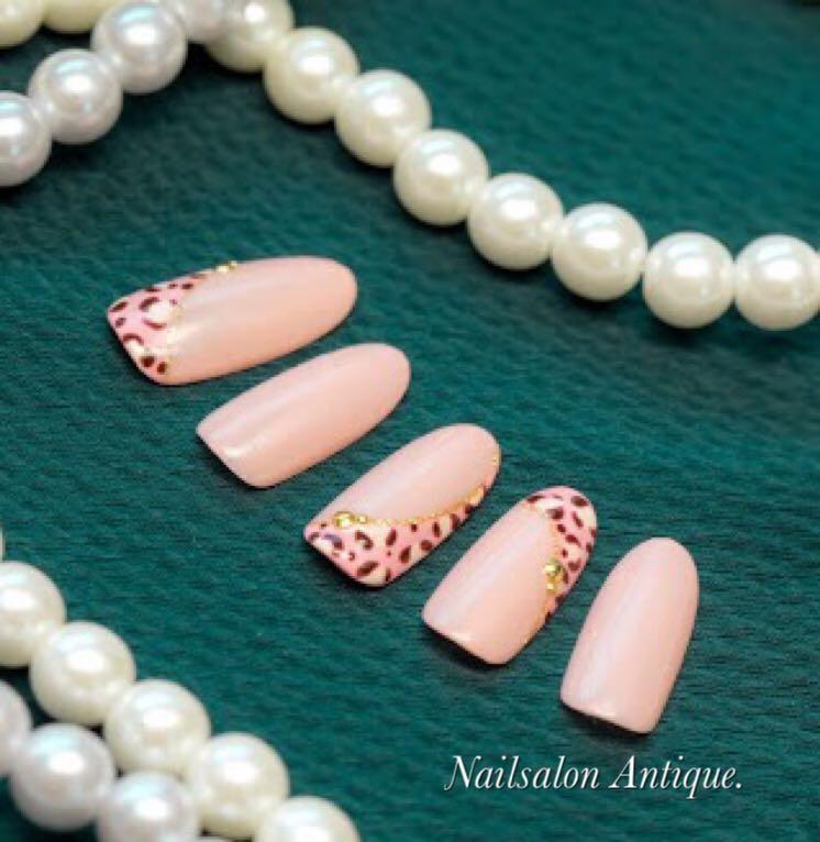 nailsalon Antiqueさんのネイルデザインの写真。テーマは『新宿、新宿ネイル、代々木、代々木ネイル、代々木ネイルサロン、代々木駅前、ネイルサロン、オフィスネイル、大人ネイル、上品ネイル、秋ネイル、ハロウィン、ハロウィンネイル、ジェルネイル、swarovski、nail、jel、nailstagram、gelnails、nailart、naildesign、instagood、instanail、nailsalon、네일스타그람、네일』
