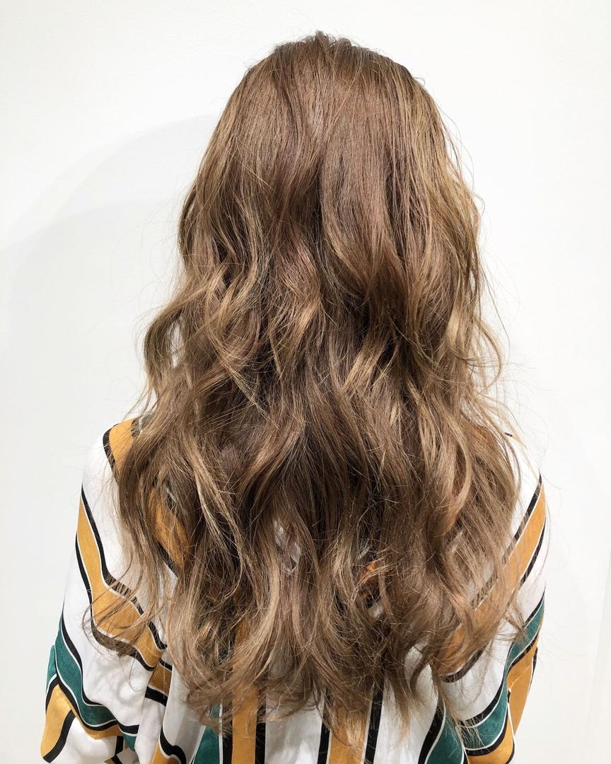 林野涼介さんのヘアスタイルの写真。テーマは『東京、渋谷、表参道、原宿、明治神宮前、美容師、美容院、髪型、美容学生、撮影、ヘアカラー、外国人風カラー、フリーラ、アッシュ、アッシュベージュ、ベージュ、ハイトーン、グラデーション、ブリーチ、バレイヤージュ、ハイライト、インナーカラー、ミルクティーカラー、ヘアスタイル、ヘアアレンジ、サロンモデル、サーフ、ストリート、freera、freerashibuya』