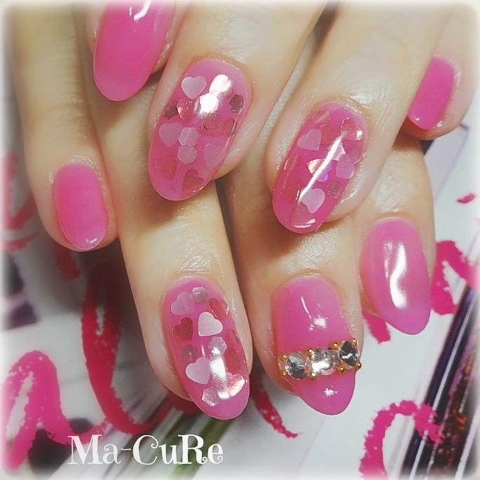 Ma-CuRe(マーキュア)さんのネイルデザインの写真。テーマは『ハートネイル、ピンクネイル、シースルー、つやぷる、三木市ホームネイルサロン、三木市ネイルサロン、三木市マーキュア、フィルイン一層残し、バービーピンク、バレンタインネイル』