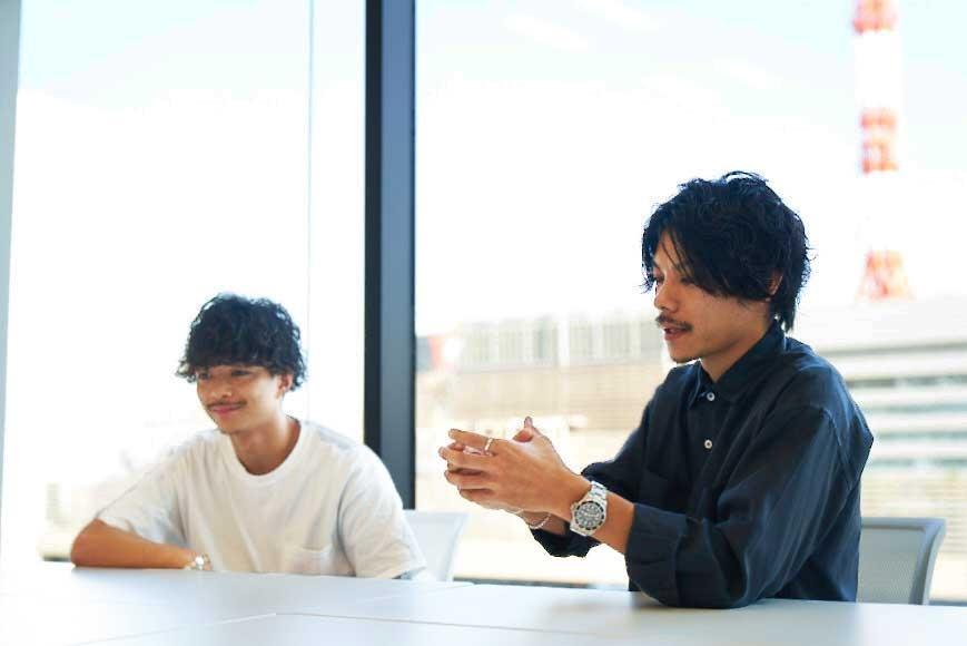 「apish AOYAMA」の新進気鋭若手デザイナー、貴龍氏と黒山慶司氏をお迎えして2018年10月2日(火)に開催された特別セミナーをレポート! 後編は明日から使える『リアルカット&パーマ』の実技、そして作品撮りの方法をレクチャーして頂きました。