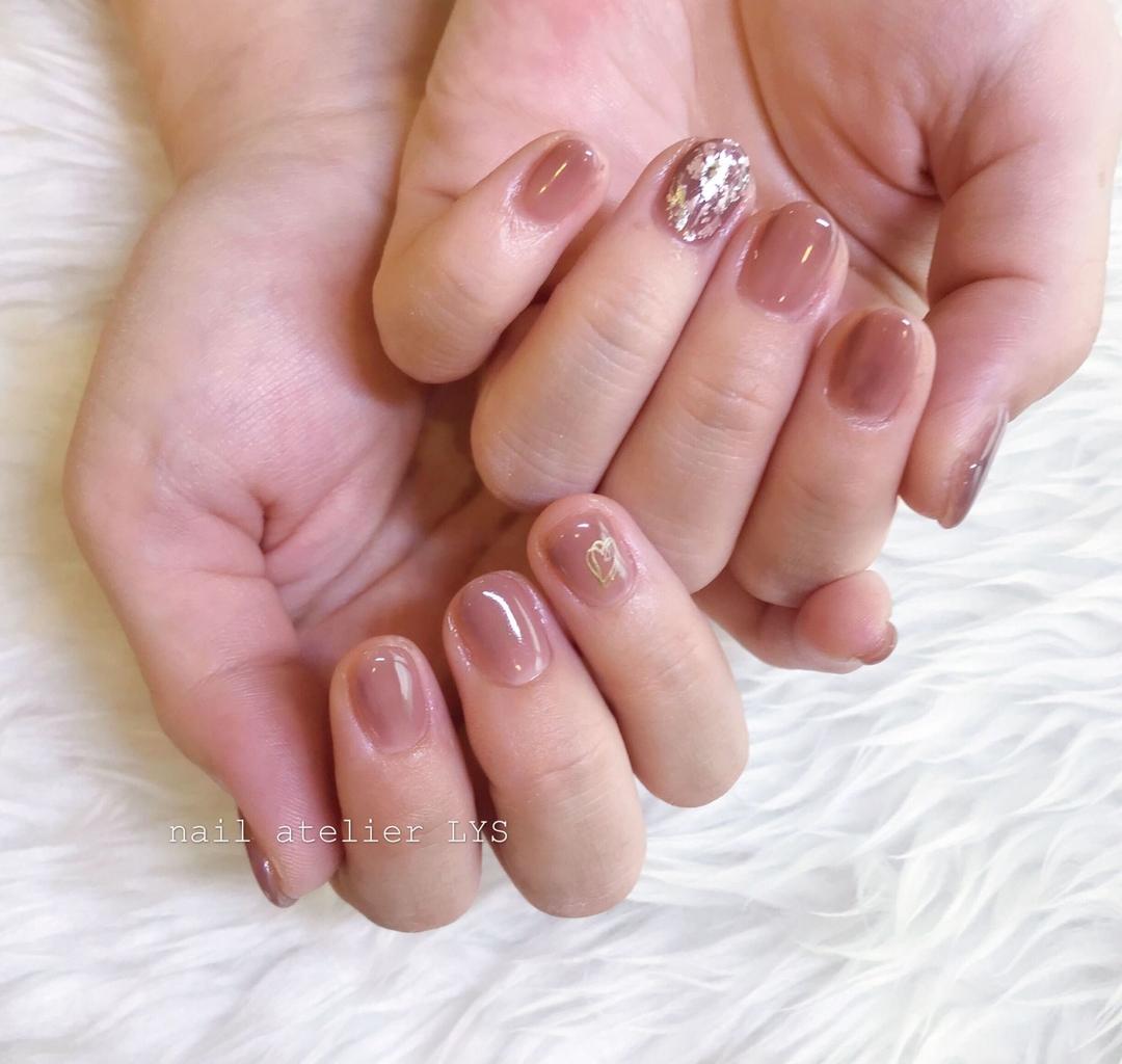 nail atelier LYSさんのネイルデザインの写真。テーマは『ニュアンスネイル、秋ネイル、冬ネイル、ネイルアート、オシャレネイル、ホイルネイル』