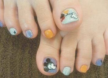 Mina Wadaiさんのネイルデザインの写真。テーマは『ミッキーネイル、ディズニー、フットネイル、キャラクターネイル』