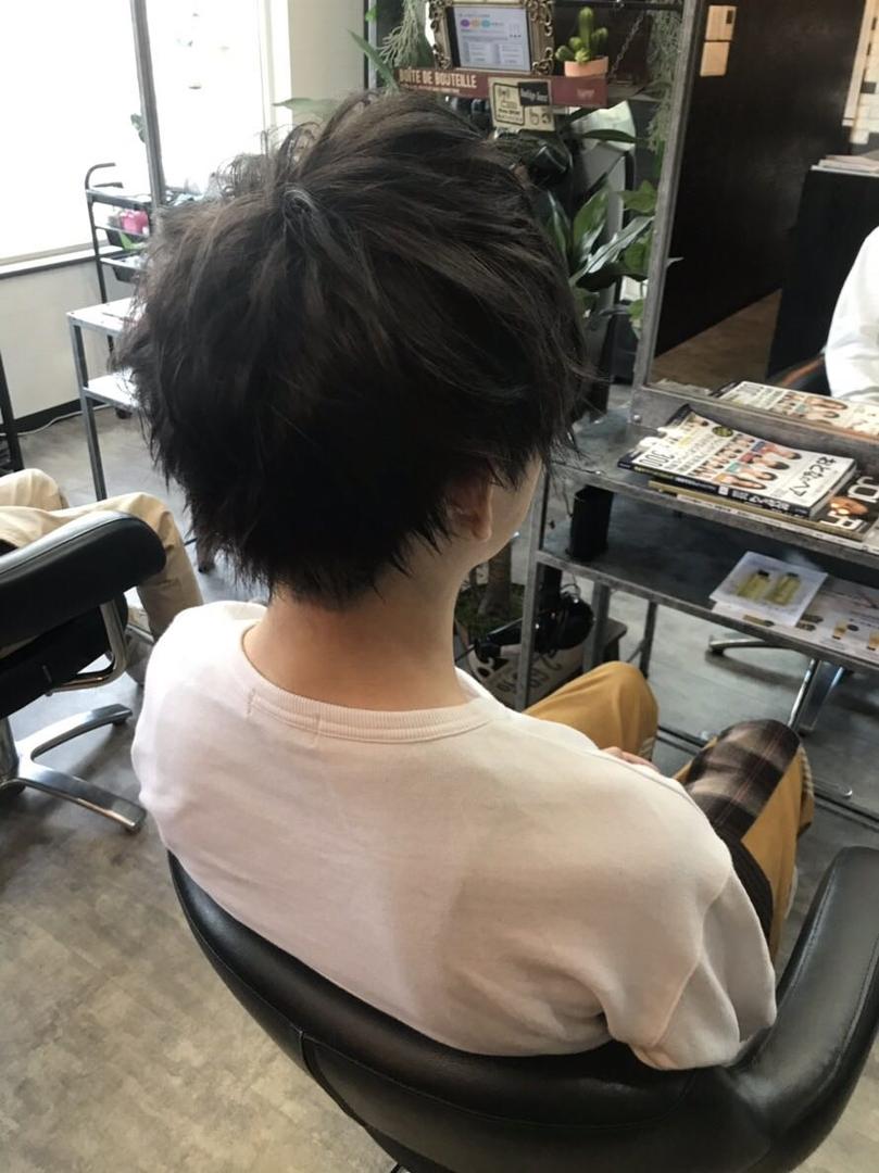 NON EDGE-苫小牧-さんのヘアスタイルの写真。テーマは『髪型、スタイリング、wax、ワックス、メンズ、nonedge、メンズヘアスタイル、メンズカット、アッシュブラック、マッシュ、マッシュショート、無造作ヘア、ナチュラルヘア、苫小牧、苫小牧美容室、美容師、美容室、ヘアサロン、メンズスタイル、メンズモデル、ヘアスタイル、ヘアカタログ、ヘアカタ、ブラックヘア』