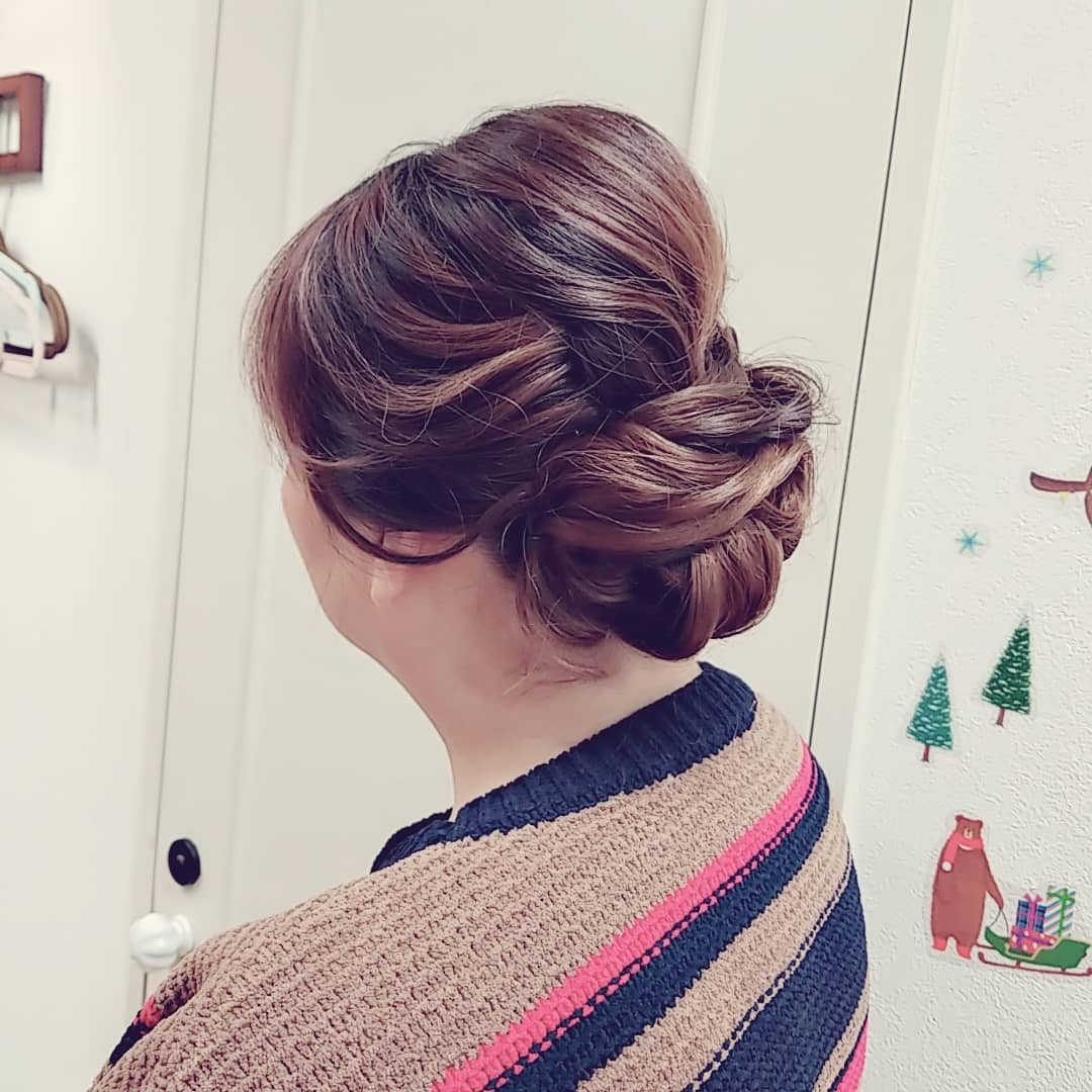 hairsethaarさんのヘアスタイルの写真。テーマは『ヘアセット、ヘアアレンジ、セットサロン、着物ヘアー、和装ヘア、アップ、haar、高松市、美容室、撮影、ナチュラル、日本ヘアセットスクール、ヘアセット講習、安い、華やか、ヘアセット専門店、高松市美容室、高松市瓦町、香川県、結婚式、ブライダル、パーティー、二次会、ありがとうございます、七五三、浴衣、アップヘア』