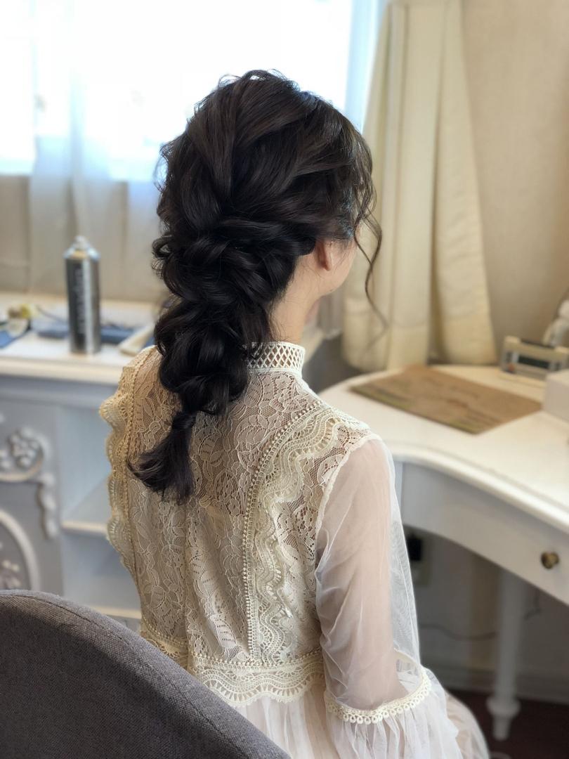 平原さんのヘアスタイルの写真。テーマは『宮崎市ヘアセット、宮崎市、ヘアセット専門店、セットサロン、ヘアセット、ヘアアレンジ、二次会ヘア、披露宴ヘア、披露宴スタイル、宮崎ウェディング、ブライダルヘア、結婚式、結婚式ヘアアレンジ、結婚式ヘア、ウェディングドレス、編みおろし、結婚式髪型、宮崎、hair、hairset、hairstyle、hairarrange、宮崎県、宮崎市STELLA、宮崎市ステラ、宮崎市セット、編み下ろし、アレンジヘア、二次会ヘアアレンジ』