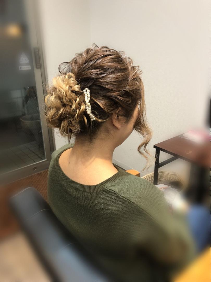 平原さんのヘアスタイルの写真。テーマは『宮崎市ヘアセット、宮崎市、ヘアセット専門店、セットサロン、ヘアセット、ヘアアレンジ、アップ、アップアレンジ、宮崎ヘアセット、ブライダルヘア、宮崎セット、結婚式ヘアアレンジ、結婚式ヘア、アップヘア、挙式ヘア、アレンジ、宮崎、hair、hairset、hairstyle、hairarrange、宮崎県、宮崎市STELLA、宮崎市美容室、宮崎市セット、宮崎市ステラ、アップヘアアレンジ、振袖ヘア、成人式ヘア、着物ヘア』