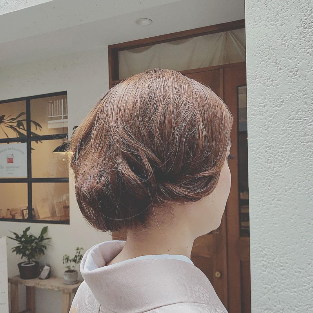 浦川 由起江さんのヘアスタイルの写真。テーマは『着物アレンジ、ヘアアレンジ、着物ヘア、レトロ、プライベートサロン』
