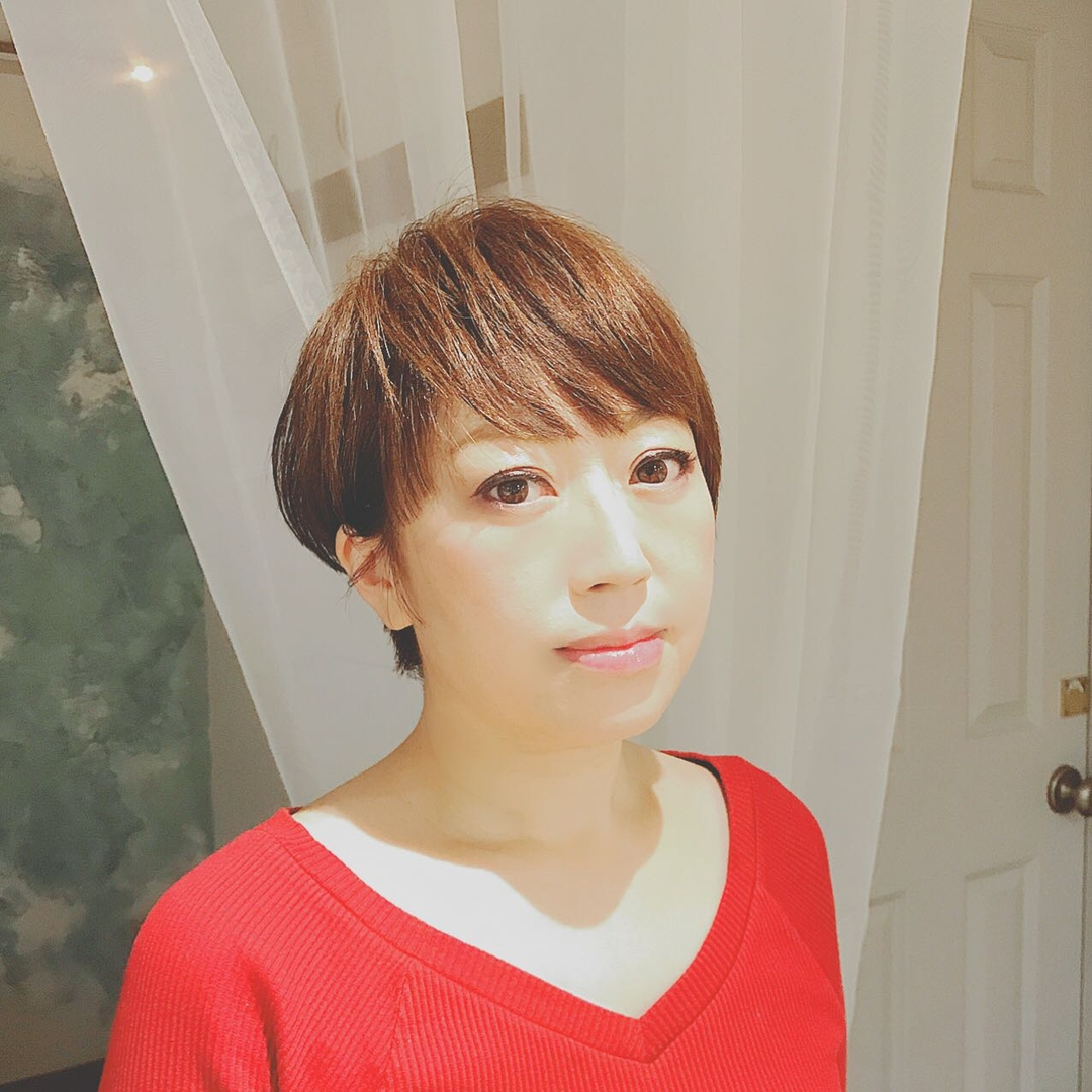 浦川 由起江さんのヘアスタイルの写真。テーマは『大人ショート、ハンサムショート、ショート、プライベートサロン』
