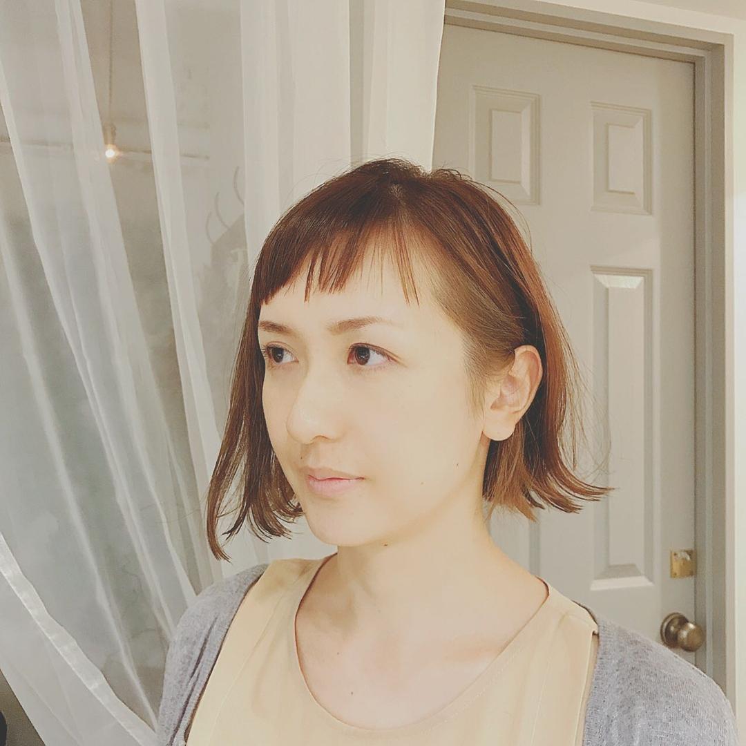 浦川 由起江さんのヘアスタイルの写真。テーマは『プライベートサロン、ボブ、切りっぱなしボブ、ショートバング』