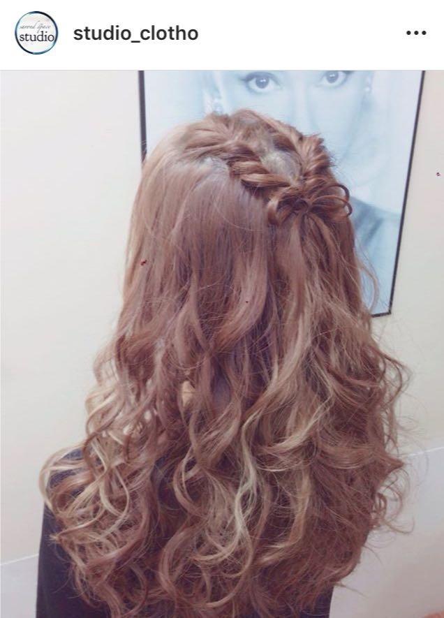 ヒロ(studio-clotho)さんのヘアスタイルの写真。テーマは『京都、祇園、kyoto、セットサロン、京都セットサロン、studioclotho、スタジオクロト、ヒロstudio、プライベートサロン、ヘアアレンジ、ヘアメイク、アーティスト、美容師、ファッション、モデル、カメラ、ナチュラル、ルーズ、エアリー、かわいい、おしゃれ、おしゃれさんと繋がりたい、ハーフアップ、ブライダル、結婚式、イベント、パーティ、クリスマス』