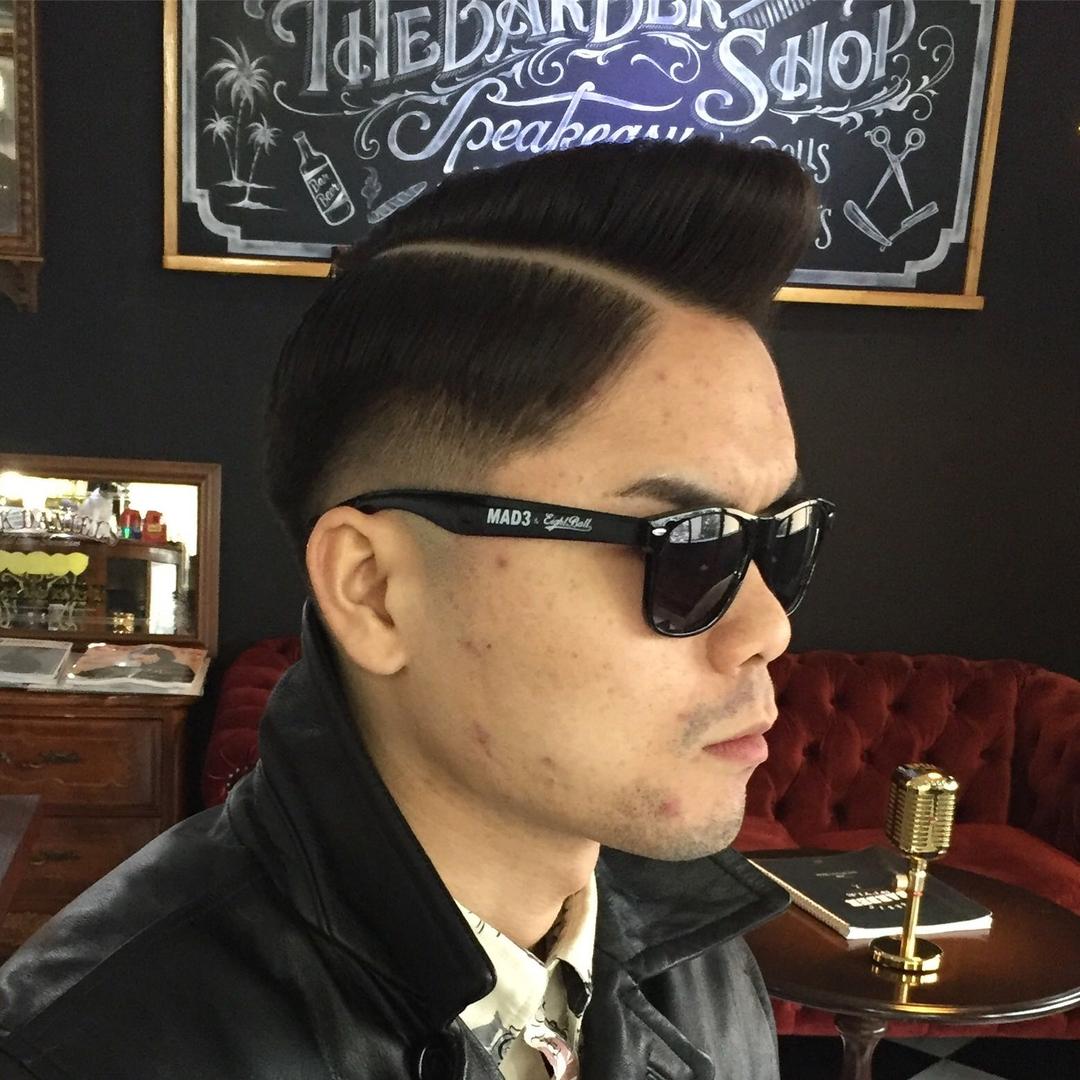 バーバースピークイージーさんのヘアスタイルの写真。テーマは『金沢バーバー、金沢市バーバー、金沢市、スキンフェードカット、金沢駅周辺、金沢市理容室、金沢市床屋、金沢市メンズカット、金沢市フェードカット、金沢市バーバースタイル、金沢市夜遅くまで営業、金沢市barber、金沢市barbershop、金沢バーバースタイル、金沢市バーバーショップスピークイージー、金沢市ポマード、金沢市バーバーショップ、金沢市スキンフェード、野々市スキンフェード、小松市スキンフェード、白山市スキンフェード』