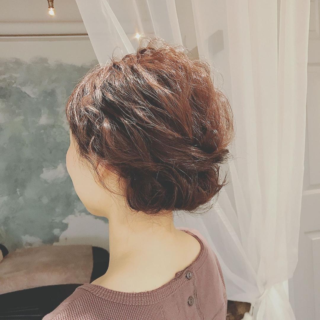 浦川 由起江さんのヘアスタイルの写真。テーマは『ヘアアレンジ、arrange、波ウェーブアレンジ、ルーズ、プライベートサロン、nanon』