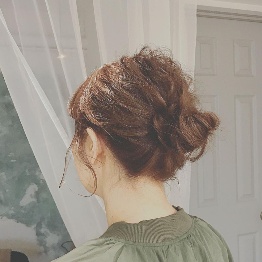 浦川 由起江さんのヘアスタイルの写真。テーマは『ヘアアレンジ、nanon、プライベートサロン、arrange』