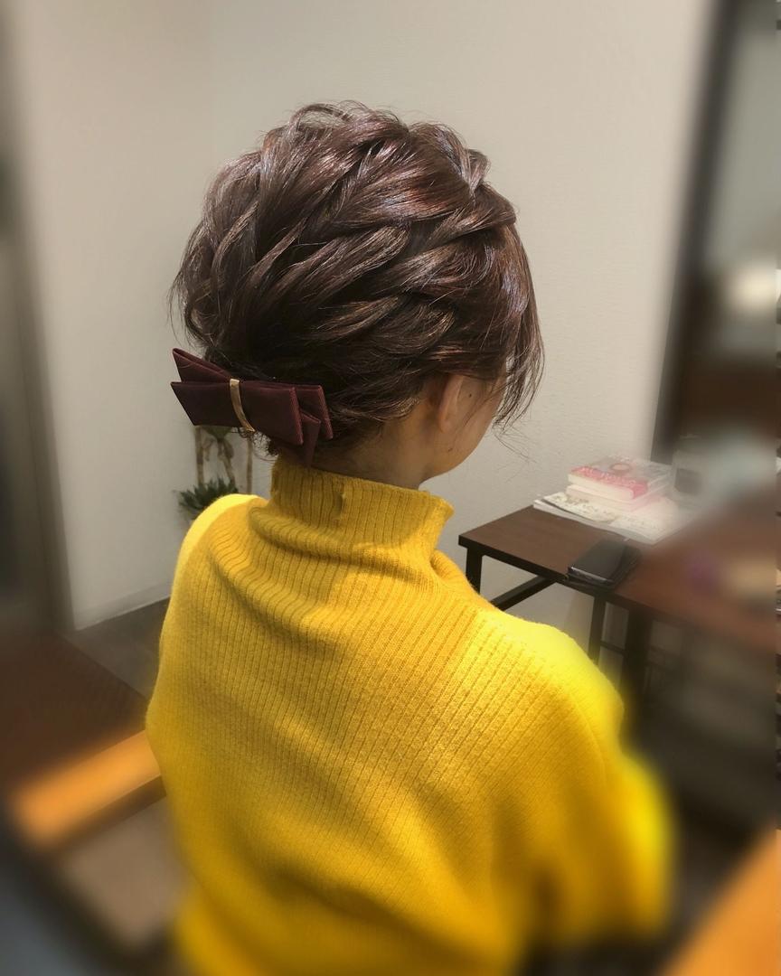 平原さんのヘアスタイルの写真。テーマは『宮崎市ヘアセット、宮崎市、ヘアセット専門店、セットサロン、ヘアセット、ヘアアレンジ、アップ、アップアレンジ、宮崎ヘアセット、ショートアレンジ、宮崎セット、結婚式ヘアアレンジ、結婚式ヘア、アップヘア、ショートヘアアレンジ、アレンジ、宮崎、hair、hairset、hairstyle、hairarrange、宮崎県、宮崎市STELLA、宮崎市美容室、宮崎市セット、宮崎市ステラ、アップヘアアレンジ、振袖ヘア、成人式ヘア』