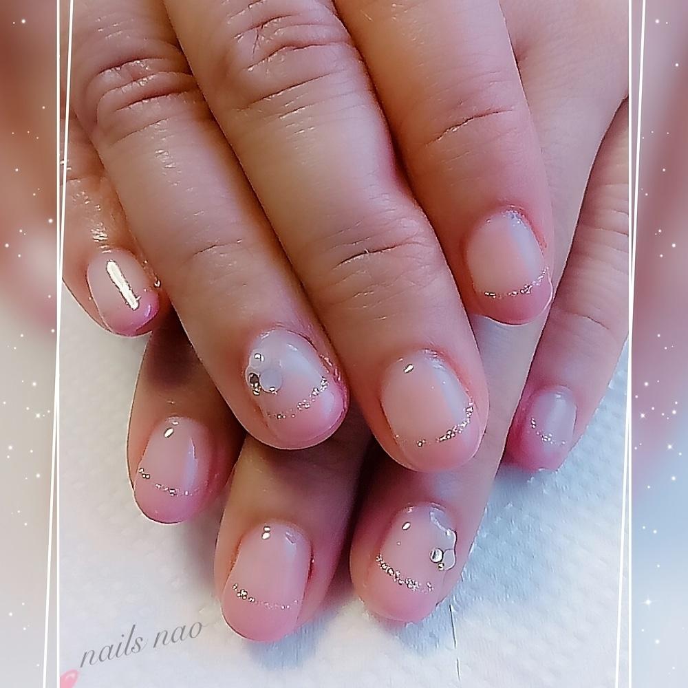 nails naoさんのネイルデザインの写真。テーマは『フレンチネイル、ガーリー』