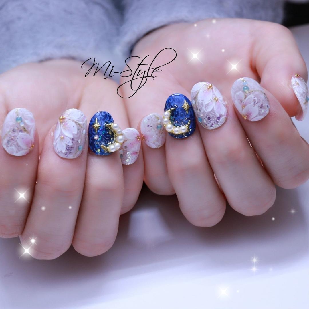 Mieko Hiramatsuさんのネイルデザインの写真。テーマは『月ネイル、ムーンネイル、春ネイル、桜ネイル、ブライダルネイル』