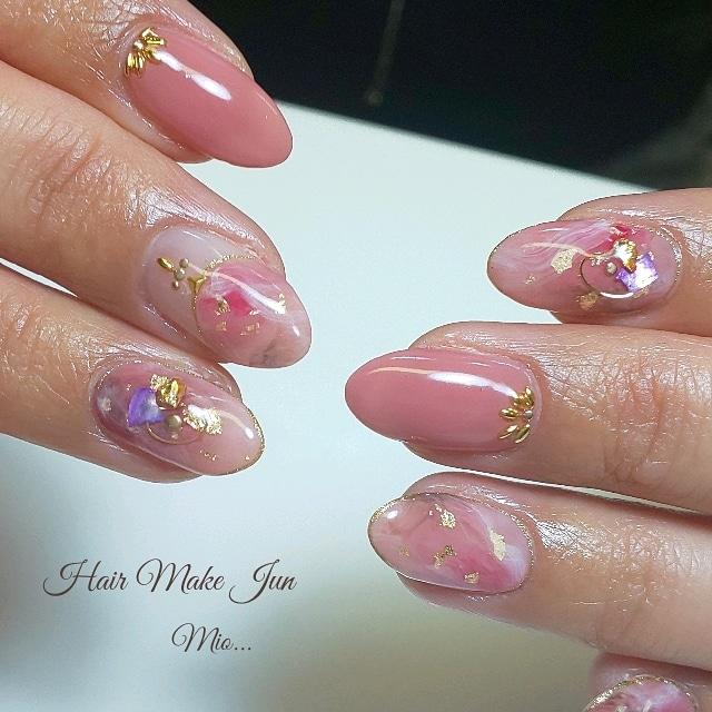 nailist.mioさんのネイルデザインの写真。テーマは『春ネイル、春デザイン、ニュアンスネイル、ピンクネイル、フレンチネイル、HairMakeJun、naillist、nailart、nailsalon、nailartist、jelnail、美爪、美指、美甲』