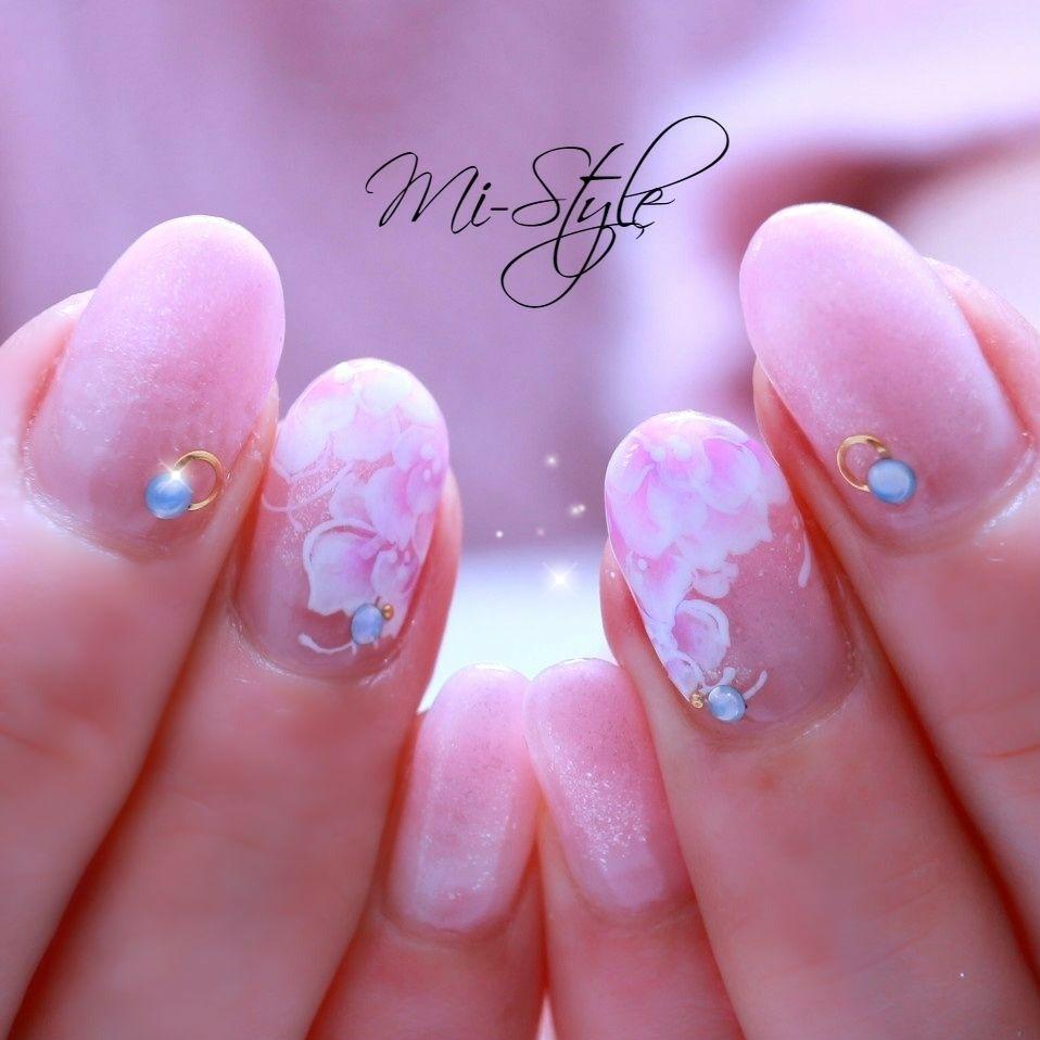 Mieko Hiramatsuさんのネイルデザインの写真。テーマは『フラワーネイル、トールペイントネイル、手書きネイル、春ネイル2019、春先取りネイル』