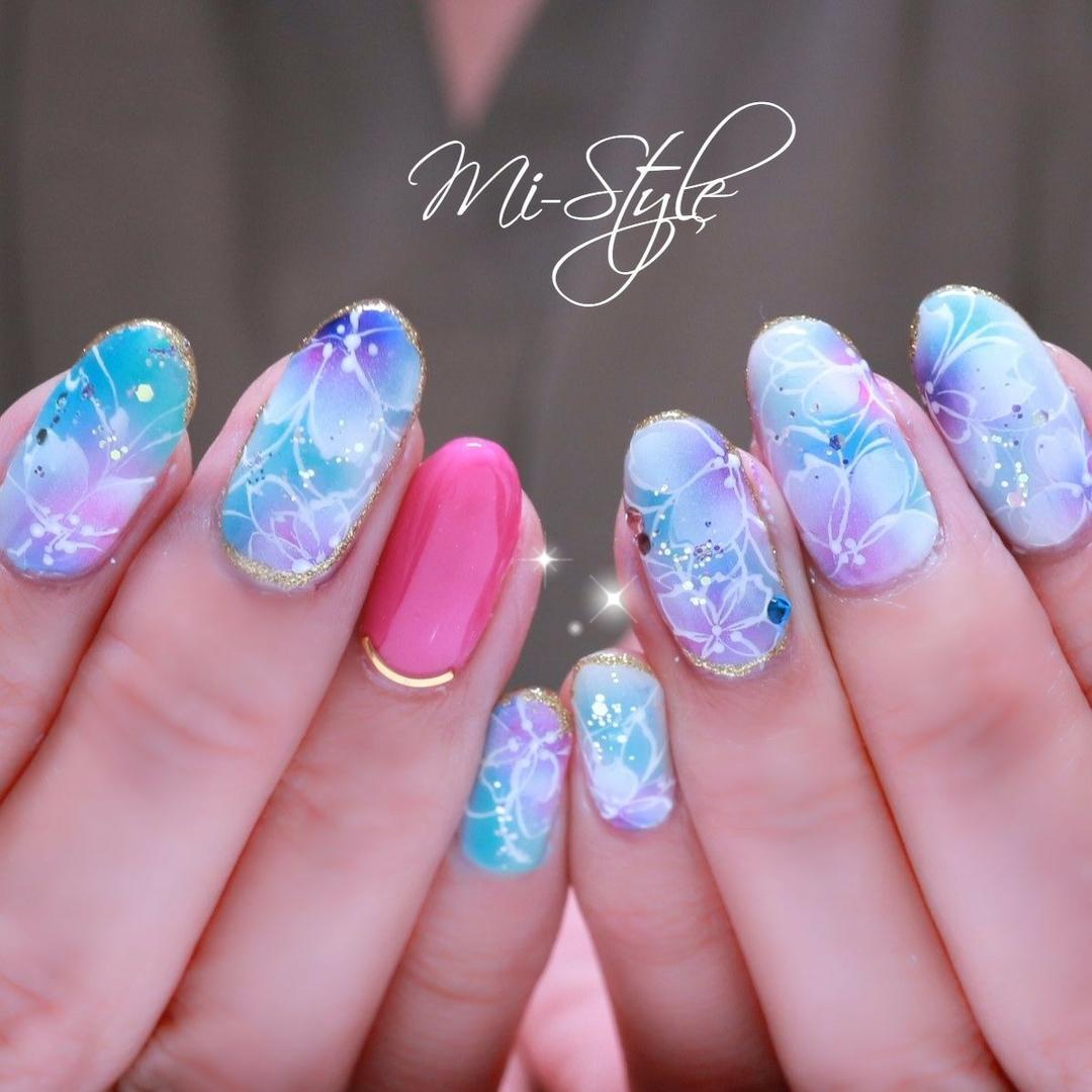 Mieko Hiramatsuさんのネイルデザインの写真。テーマは『さくらネイル、桜ネイル、エアブラシネイル、春ネイル2019、春先取りネイル』