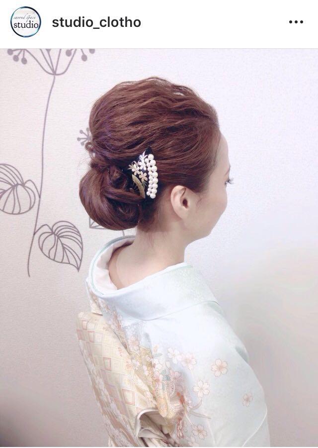 ヒロ(studio-clotho)さんのヘアスタイルの写真。テーマは『京都、祇園、kyoto、セットサロン、studioclotho、スタジオクロト、着物、着物ヘア、和装、ヘアアレンジ、ヘアメイク、アーティスト、美容師、ファッション、モデル、カメラ、ナチュラル、ルーズ、エアリー、かわいい、おしゃれ、おしゃれさんと繋がりたい、アップスタイル、ブライダル、結婚式、イベント、パーティ』