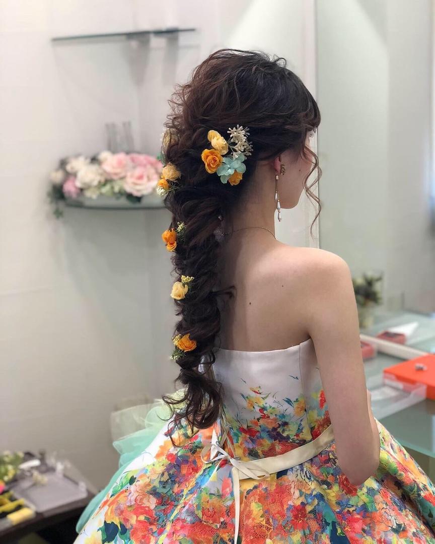 平原さんのヘアスタイルの写真。テーマは『宮崎市ヘアセット、宮崎市、ヘアセット専門店、セットサロン、ヘアセット、ヘアアレンジ、カラードレスヘア、編みおろしアレンジ、編みおろし、宮崎ウェディング、ブライダルヘア、ラプンツェルヘア、結婚式ヘアアレンジ、結婚式ヘア、お色直し、お色直しヘア、結婚式髪型、宮崎、hair、hairset、hairstyle、hairarrange、宮崎県、宮崎市STELLA、宮崎市ステラ、宮崎市セット、宮崎市美容室、編みおろしヘア、宮崎市出張ヘアメイク、ラプンツェルヘアー』