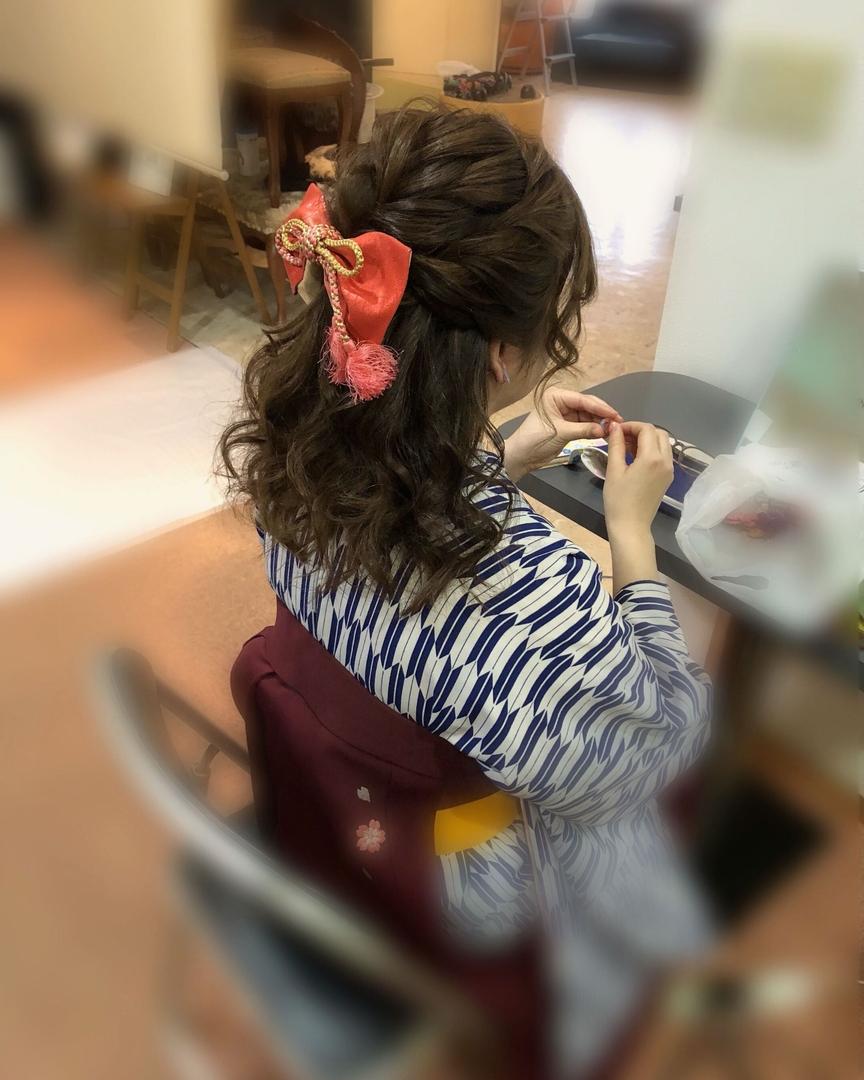平原さんのヘアスタイルの写真。テーマは『宮崎市ヘアセット、宮崎市、ヘアセット専門店、セットサロン、ヘアセット、ヘアアレンジ、ハーフアップ、袴ヘア、ブライダルヘア、編み込みアレンジ、卒業式ヘア、卒業式、編み込みヘア、宮崎、hairset、宮崎セット、hairarrange、宮崎美容室、宮崎市STELLA、宮崎市セットサロン、編み込み、宮崎市成人式、宮崎県、ハーフアップアレンジ、宮崎市セット、アレンジヘア、宮崎市ステラ、宮崎ヘアセット、宮崎市結婚式、宮崎市美容室』