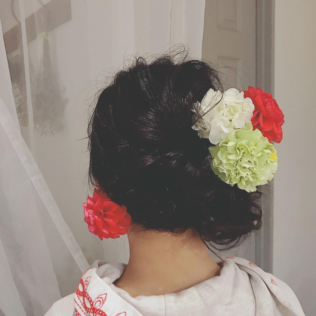 浦川 由起江さんのヘアスタイルの写真。テーマは『卒業式、へアアレシンジ、プライベートサロン、nanon』