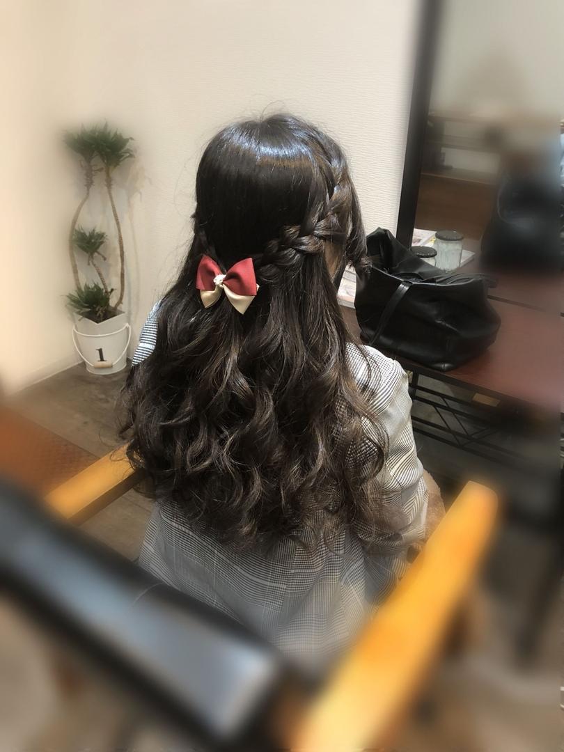 平原さんのヘアスタイルの写真。テーマは『宮崎市ヘアセット、宮崎市、ヘアセット専門店、セットサロン、ヘアセット、ヘアアレンジ、ハーフアップ、捨て編み、ブライダルヘア、編み込みアレンジ、ウォーターフォール、結婚式ヘア、編み込みヘア、宮崎、hairset、宮崎セット、hairarrange、宮崎美容室、宮崎市STELLA、宮崎市セットサロン、編み込み、宮崎市成人式、宮崎県、ハーフアップアレンジ、宮崎市セット、アレンジヘア、宮崎市ステラ、宮崎ヘアセット、宮崎市結婚式、宮崎市美容室』