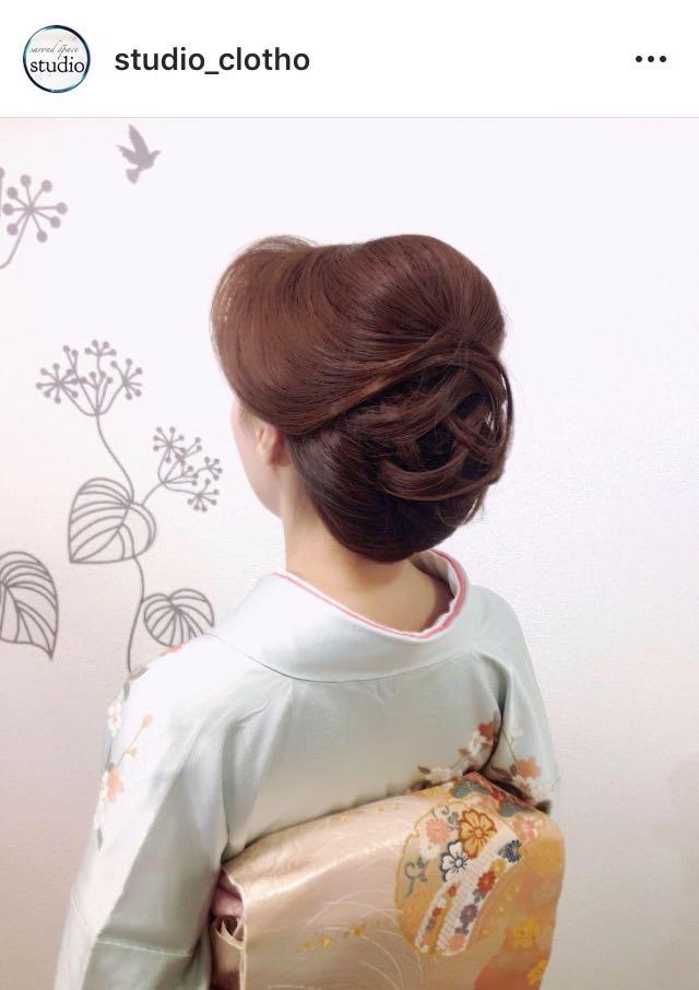 ヒロ(studio-clotho)さんのヘアスタイルの写真。テーマは『京都、祇園、kyoto、セットサロン、studioclotho、スタジオクロト、ヒロstudio、着物、着物ヘア、和装、ヘアアレンジ、ヘアメイク、アーティスト、美容師、ファッション、モデル、カメラ、おしゃれ、おしゃれさんと繋がりたい、アップスタイル、ブライダル、結婚式、イベント、パーティ』