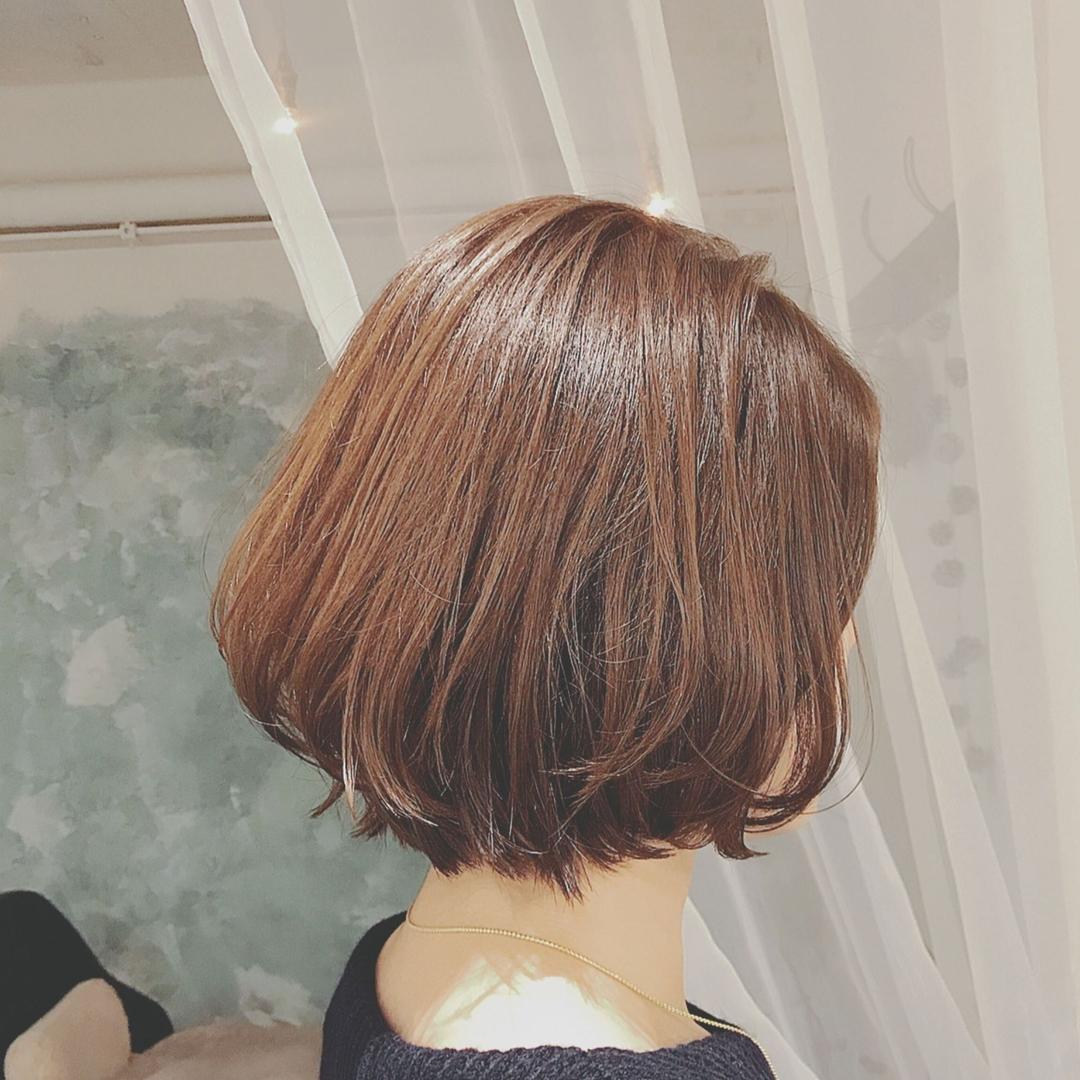 浦川 由起江さんのヘアスタイルの写真。テーマは『ひし形ボブ、ボブ、アッシュカラー、ヘアスタイル、プライベートサロン、nanon、外ハネ』