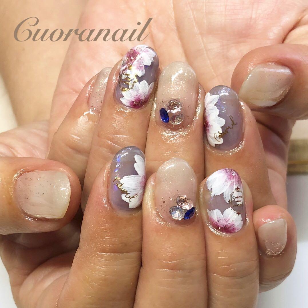 Cuoranailさんのネイルデザインの写真。テーマは『定額ネイル、フラワーアート、フラワーネイル、フラワー、ネイル、ネイルデザイン、ネイルアート、nail、nails、nailstagram、naildesign、nailart、gelnails、帯広ネイルサロン、帯広ネイル、帯広、札内、幕別、音更、音更ネイルサロン、tokachi、hokkaido、initygel、アイニティジェル、ビジューネイル、カラーグラデーションネイル』