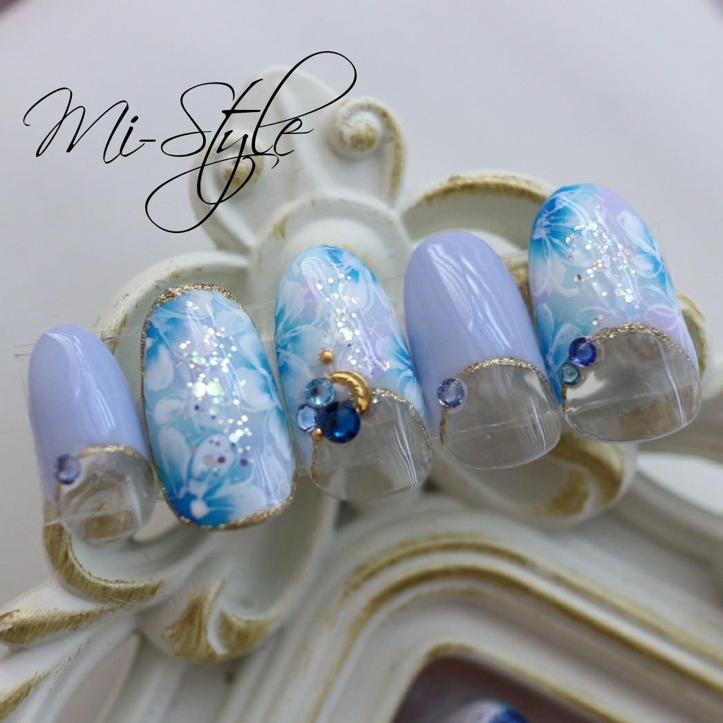 Mieko Hiramatsuさんのネイルデザインの写真。テーマは『ブルーネイル、ブライダル、ミースタイル、相模原ネイルサロン、淵野辺ネイルサロン、スプリングネイル、春ネイル、春ネイルデザイン、花柄ネイル』
