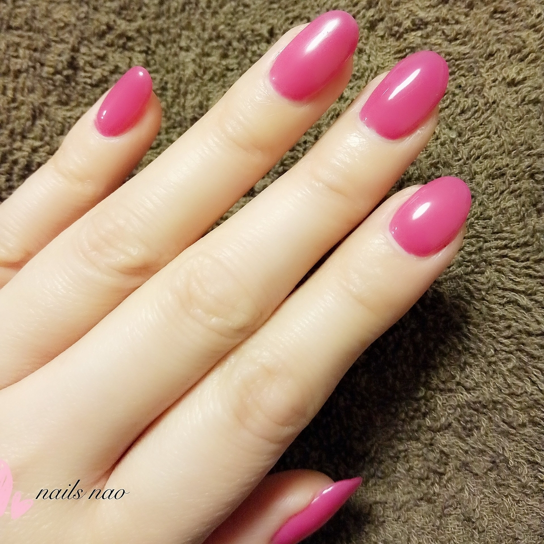 nails naoさんのネイルデザインの写真。テーマは『ワンカラー、ワンカラーネイル』