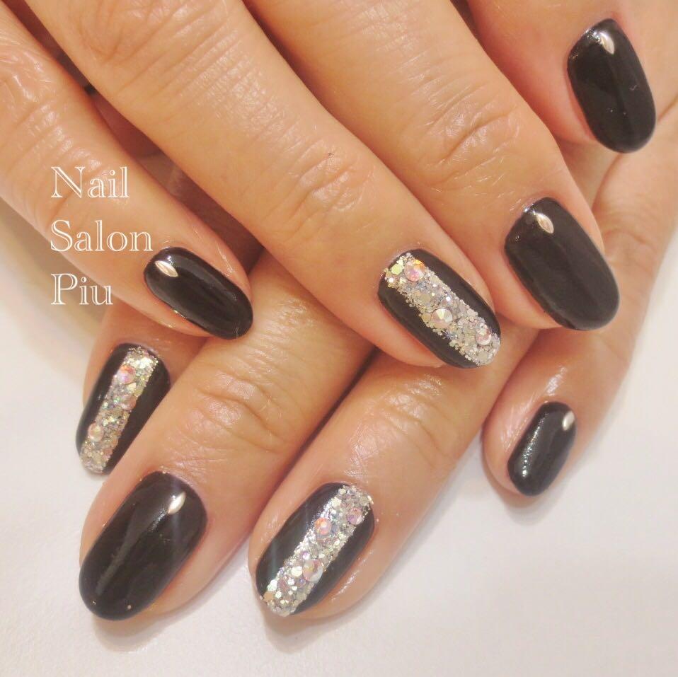 Nail Salon Piuさんの写真。テーマは『ブラックネイル、大人ネイル』